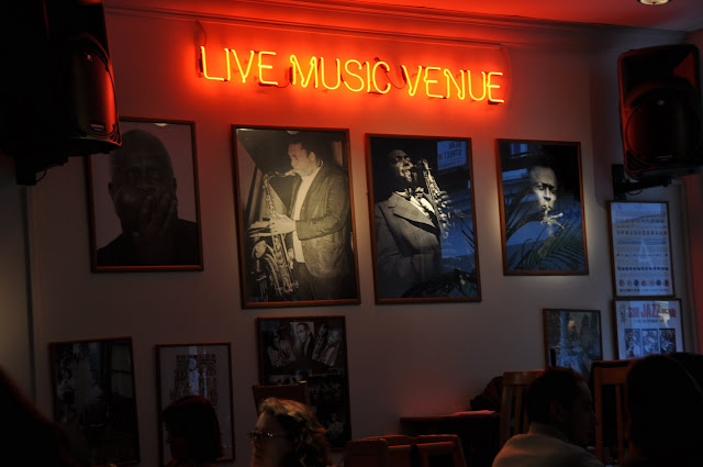 Soho+Pizzeria+review+live+jazz+performance