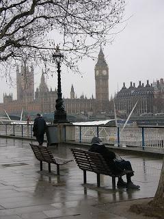 Cold-London-winter-cashmere