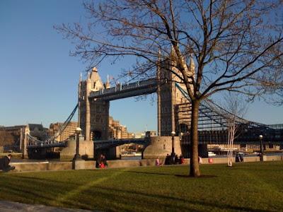 Tower-Bridge-London-winter