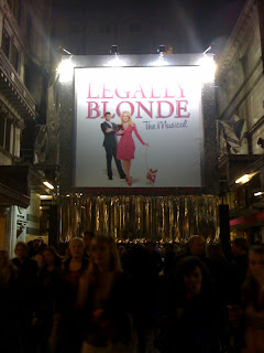Legally+Blonde+The+Musical+review+Savoy+Theatre+Singaporean+in+London