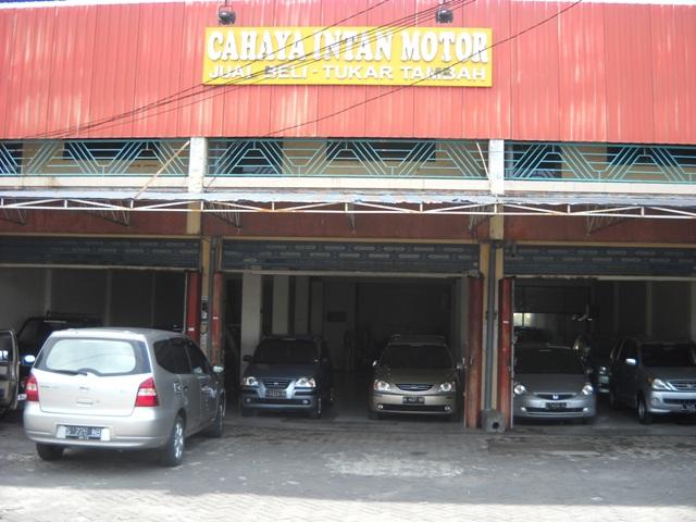 Mobil Bekas Surabaya: Suzuki APV Arena GX