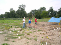 Archaeologist John Connaway explaining the Carson site