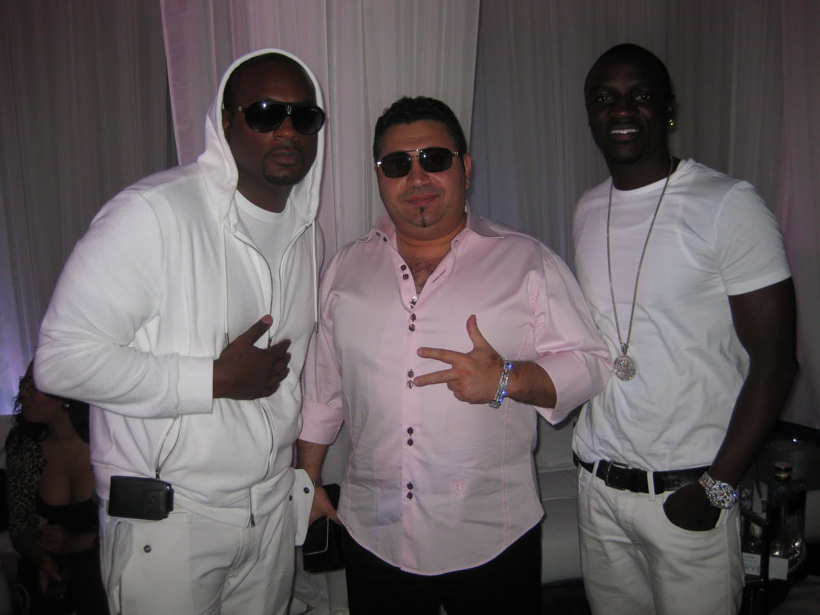 The Adventures Of Not Being Famous: Akon Birthday Party In