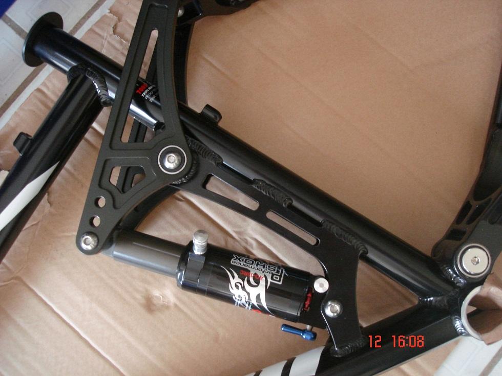 dryfit mengenal bahan frame sepeda sepedaan harga sepeda gunung giant