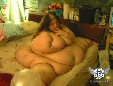 Big Beautiful Woman Es Decir Hermosa Mujer Grande En Los Ambientes De