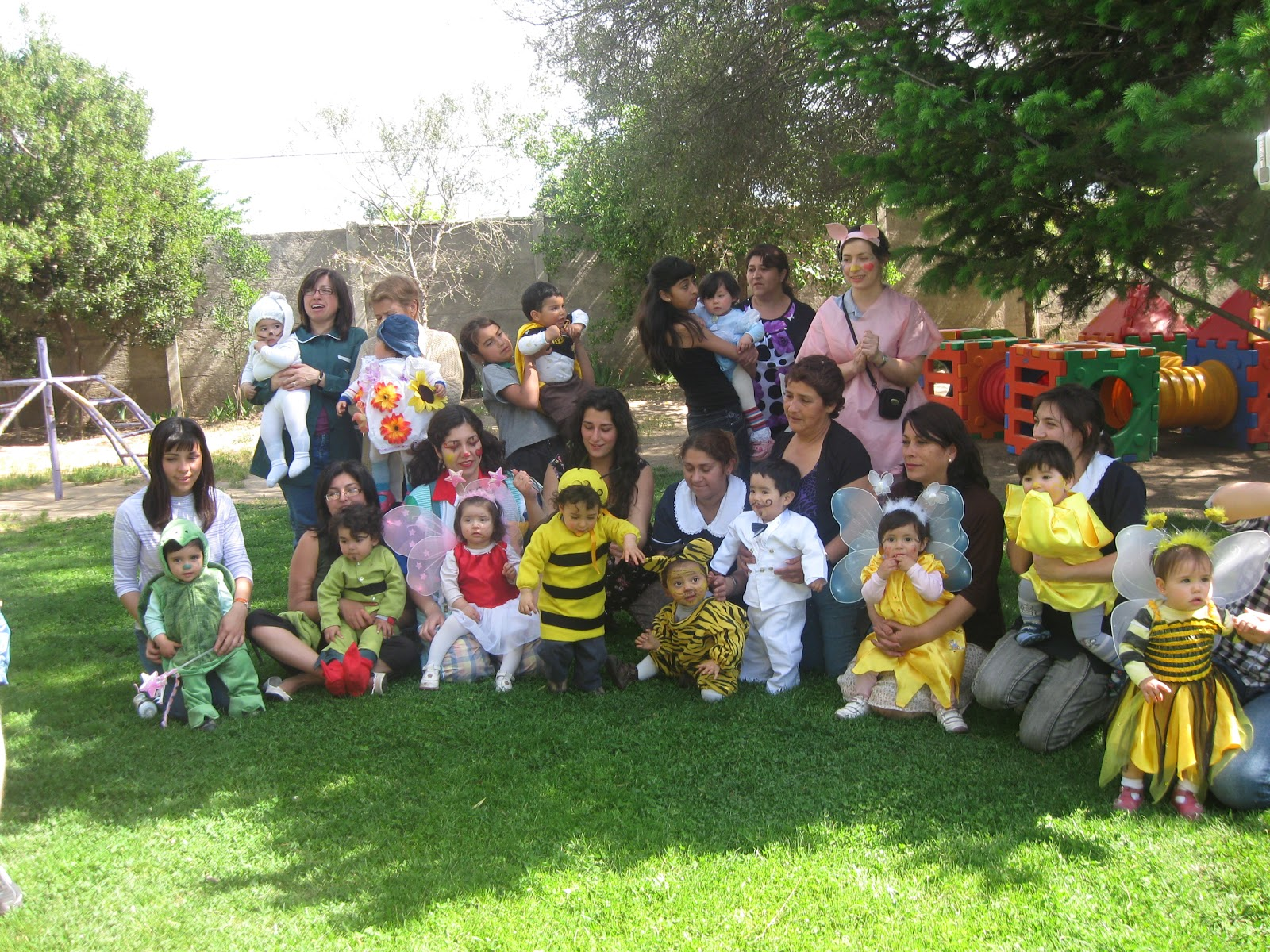 Jardin infantil los grillitos rancagua desfile de disfraces for Jardin infantil