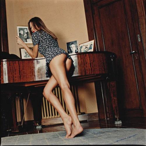 Les fesses de Carla Bruni aux enchères