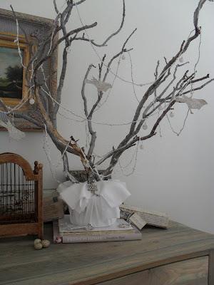 Burlap luxe la pi ce d 39 inspiration joyeux no l for Decoracion con ramas secas