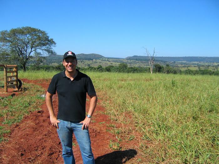 Feliz na Fazenda, olha que céu....