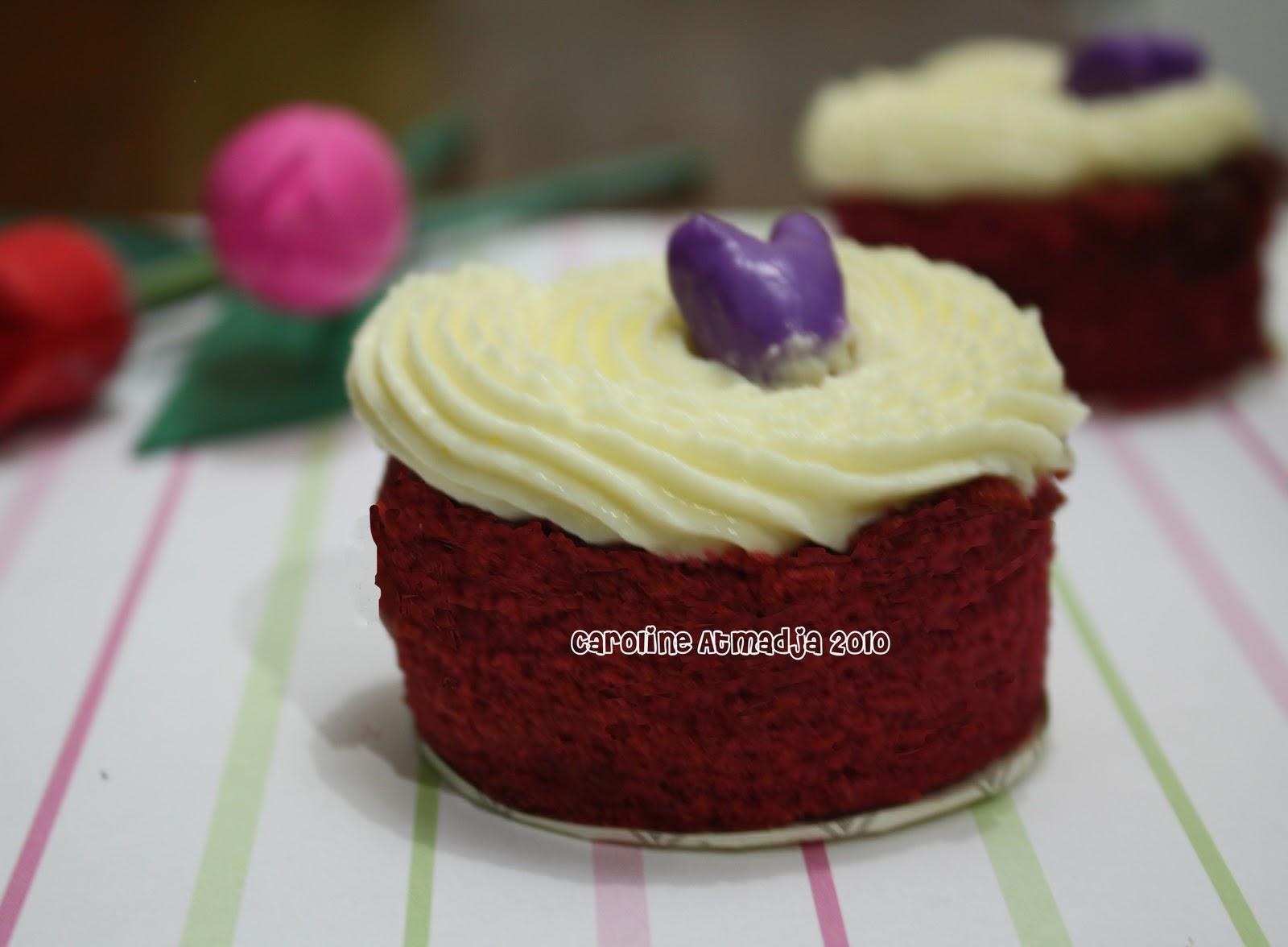 All About Dessert: Montclair Martha's Red Velvet Cake
