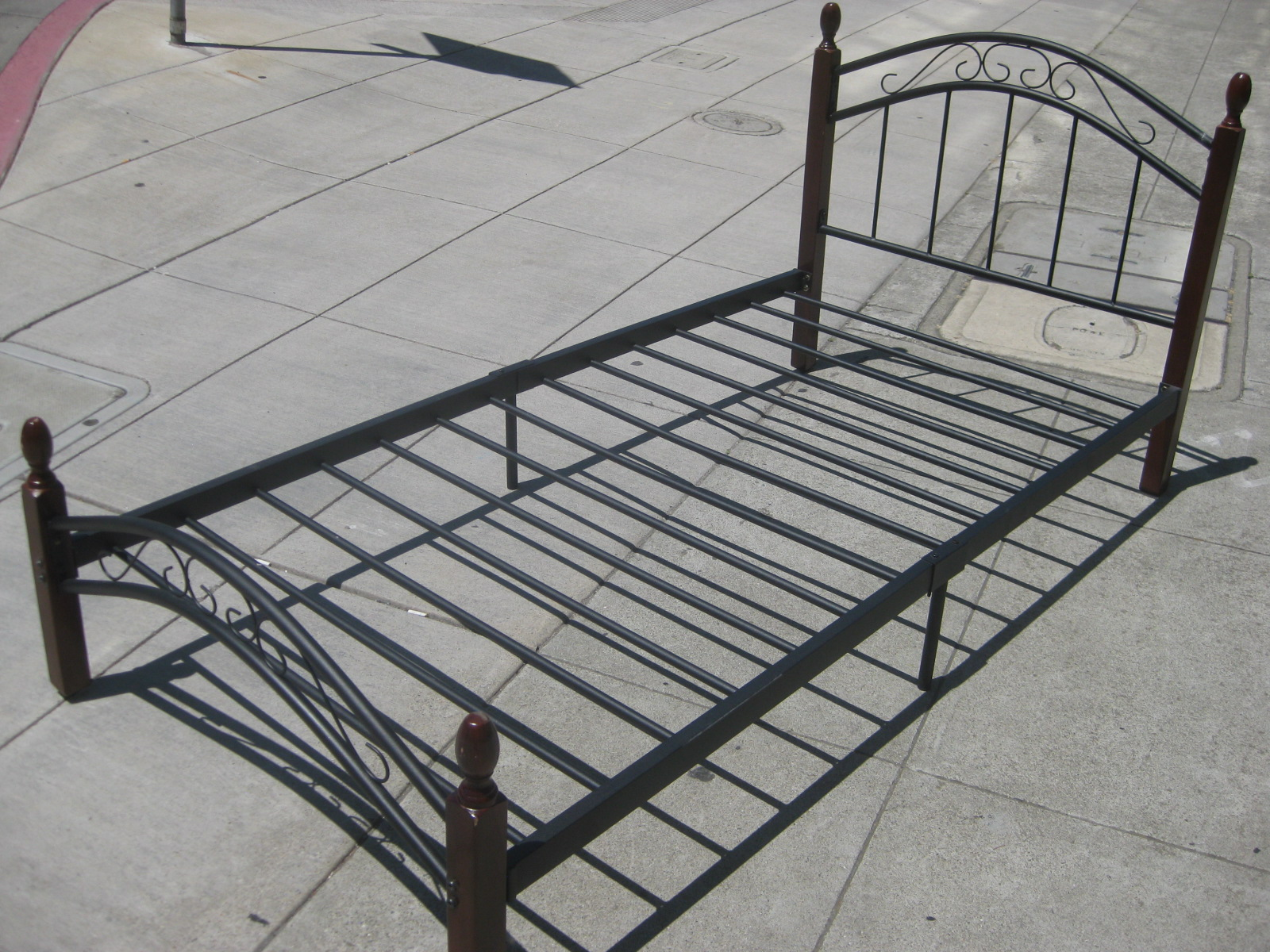 Uhuru furniture collectibles sold wood metal twin Metal bed frame twin