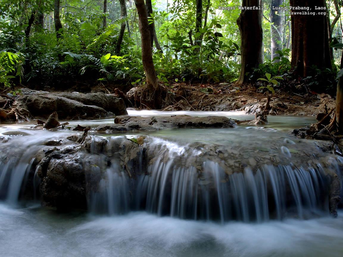 http://2.bp.blogspot.com/_hwILwHhpZqQ/TJESqlx0a_I/AAAAAAAAAAU/KmHf6_Z0WT4/s1600/tb_waterfall_wallpaper_kangsi.jpg