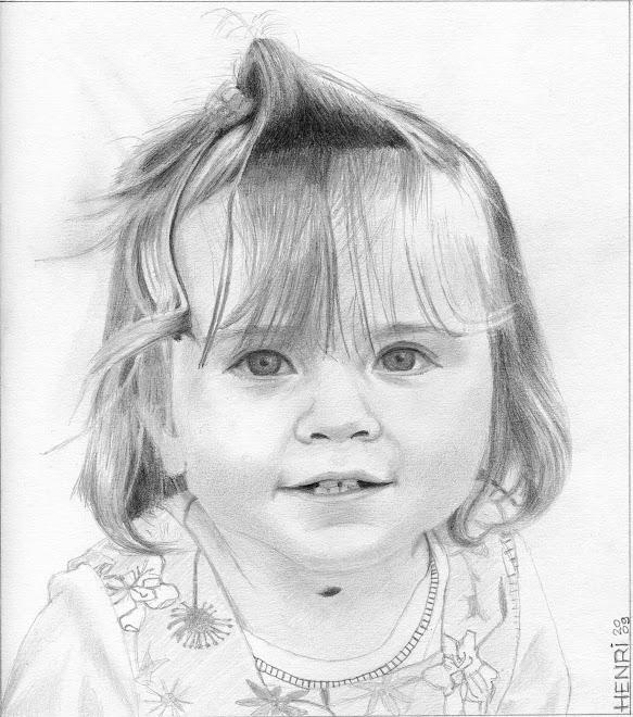 Ma petite nièce Alyssia à un an et demi lors de l'anniversaire de son grand-père Jean