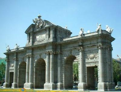 fotos puerta de alcala Madrid