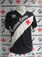 Foto da camisa do Vasco. Adidas 1985 Golden Cross