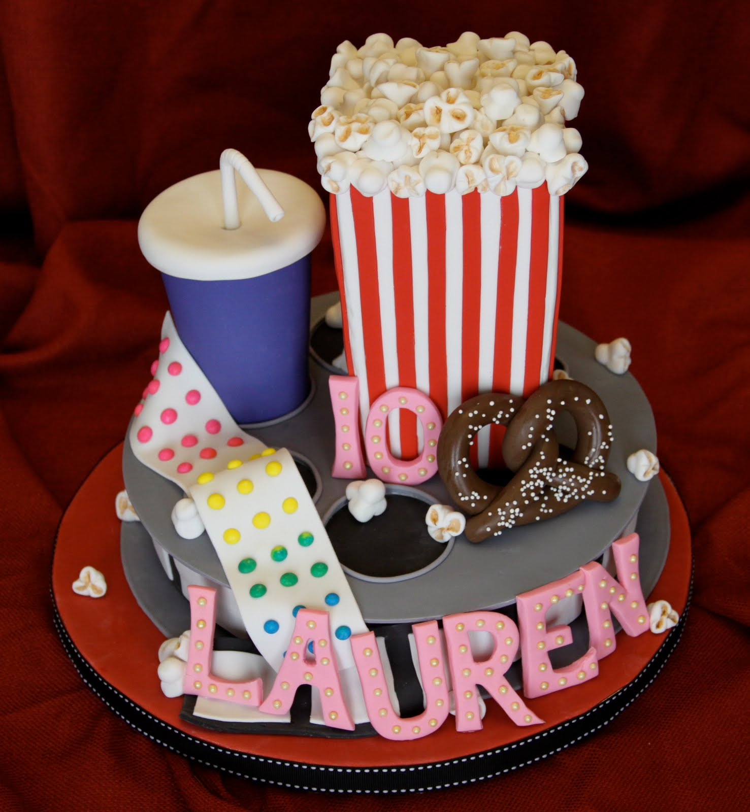 Kids Frozen Movie Birthday Cake Party Invitations Ideas