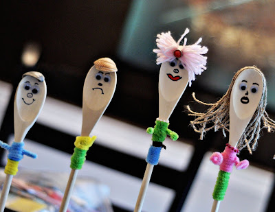 spoons7 Wooden Spoon People
