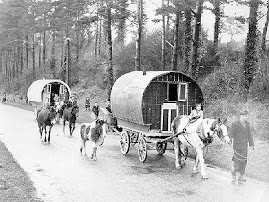 IRISH GYPSIES ON THE ROAD