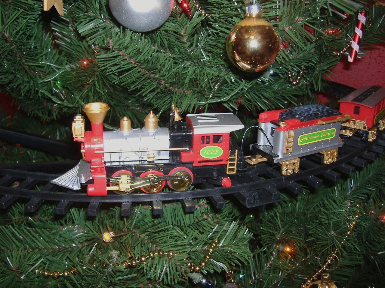 o christmas tree part 3 of my christmas home tour - Train For Around Christmas Tree