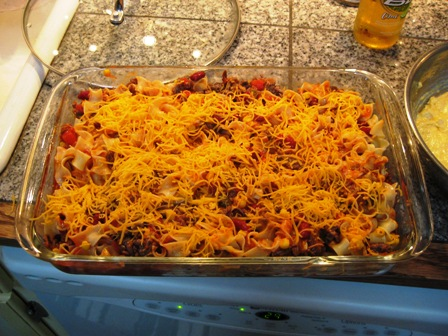 Cafe Groenhout: Throw-Together Mexican Casserole