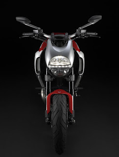 Motorcycle 2011 Ducati Diavel Edition