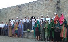 خواندن دعا در آتشکده باکو
