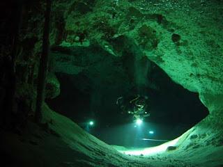 Sungai bawah Laut di Meksiko