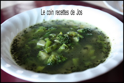le coin recettes de jos soupe aux l gumes verts. Black Bedroom Furniture Sets. Home Design Ideas