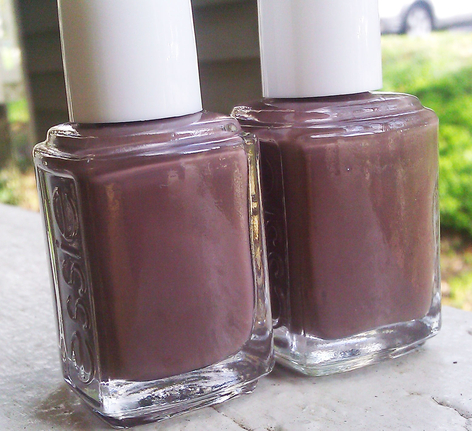 Polish or Perish: Creamy & Delicious - Essie Hot Coco