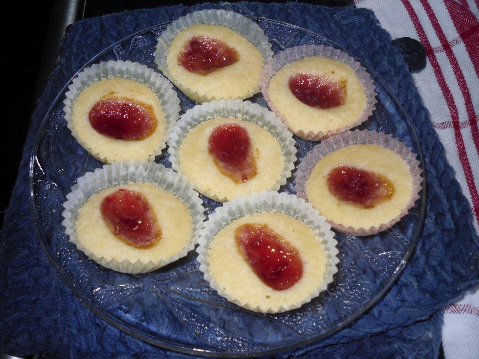 hallongrottor med marsanpulver recept