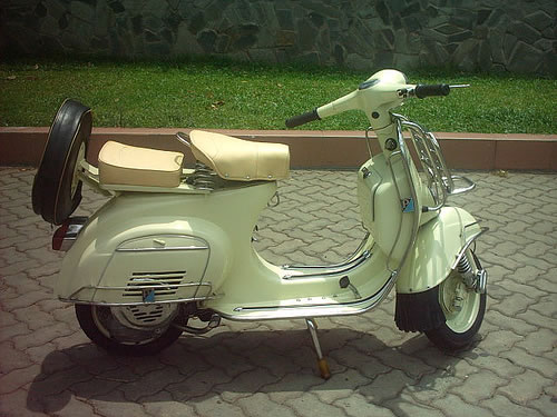 Photobucket | vespa scooter Pictures, vespa scooter Images, vespa