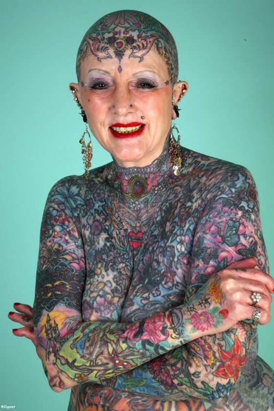 29 the worlds most tattooed 25 Perempuan yang Paling Extreem di Dunia