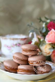 Macaron au chocolat et caramel