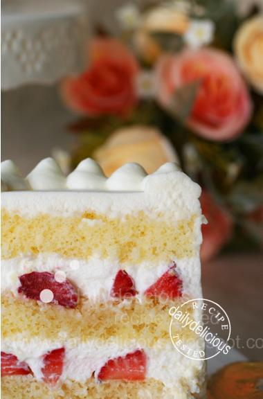 ... Japanese Strawberry Shortcake: Soft, light, easy and very delicious