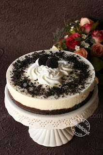 dailydelicious: Oreo-Crusted White Chocolate Mousse Torte ...