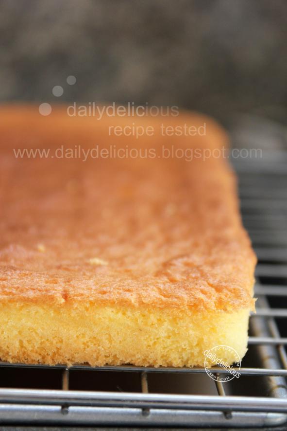Golden Sponge Cake Gelson