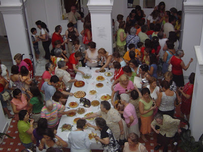 Público asistente durante la degustación gratuita
