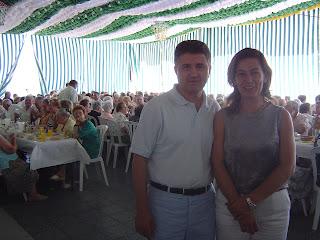 Alcalde y delegada de Servicios Sociales en el Almuerzo Homenaje a nuestros mayores