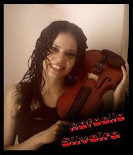 Rafaella Silveira