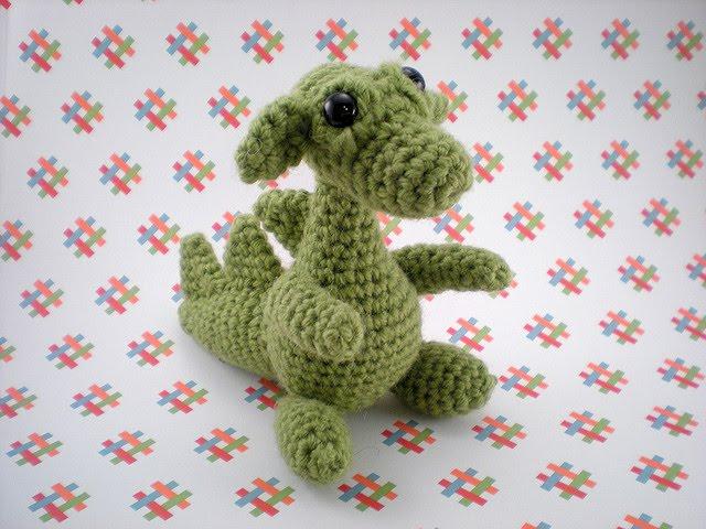 Cute Dragon Amigurumi Pattern : De goanna patr�n drag�n en amigurumi
