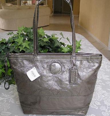 coach gray purse thil  COACH SIGNATURE LEATHER TOTE PURSE GRAY