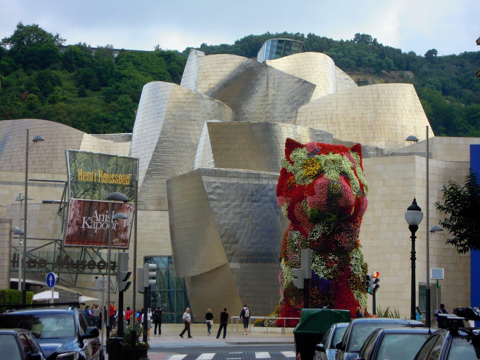 http://2.bp.blogspot.com/_iEBhg8_en5E/THqTP3l6T3I/AAAAAAAACow/hURz56ctvDk/s1600/Guggenheim+Museum,+Bilbao+2010.JPG