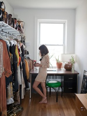Moon to moon a passion for fashion for Small room no closet