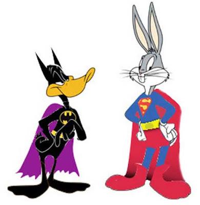 El Pato Lucas (como Batman) y Bugs Bunny (como Superman)