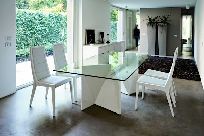 Contemporary Dining Room Interior Design