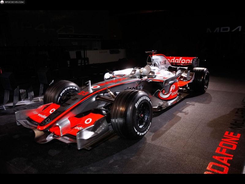 mercedes_2008-McLaren-MP4-23-Formula-1-Car-004_1.jpg