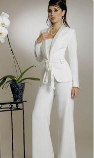 Trajes de pantalon y chaqueta para boda