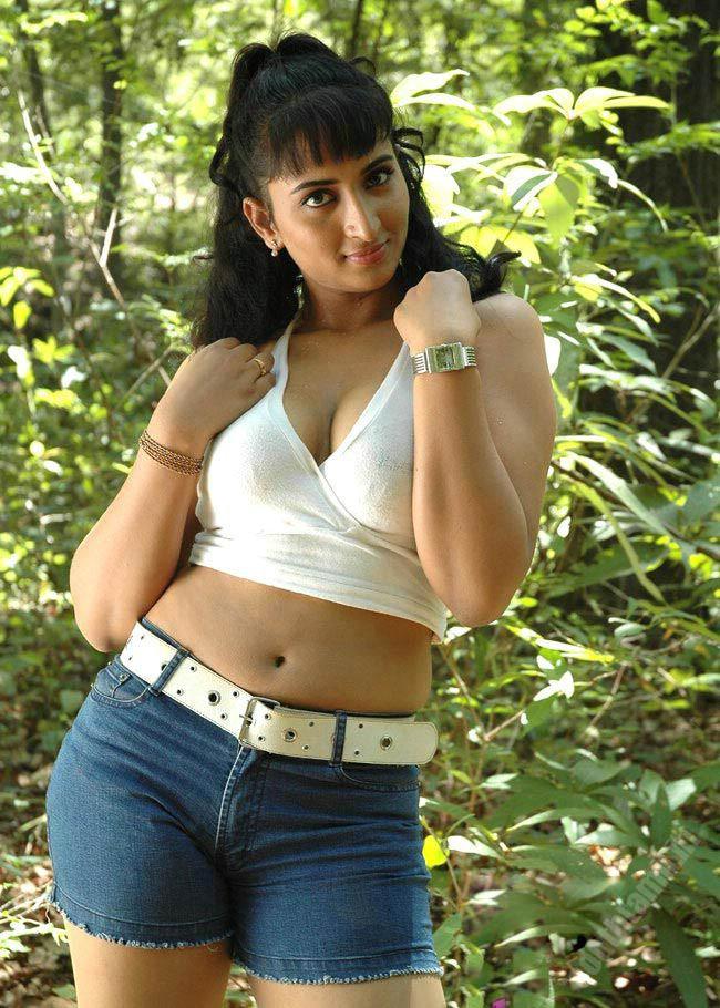 http://2.bp.blogspot.com/_iHaUzis1v4c/TAZ51YWgpAI/AAAAAAAAEh0/ybbH1drmwuk/s1600/vanitha-reddy8.jpg