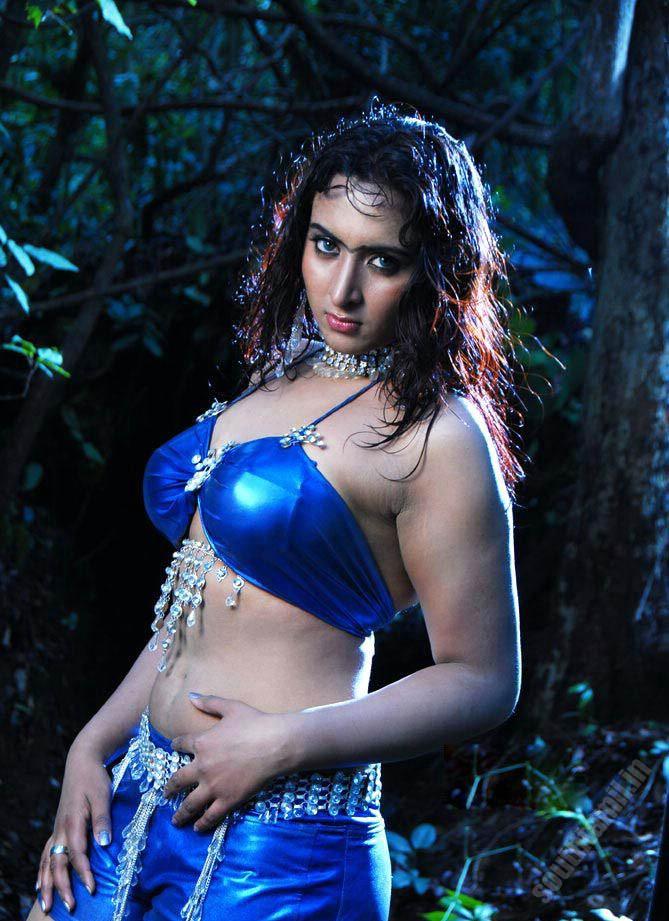 http://2.bp.blogspot.com/_iHaUzis1v4c/TAZ523km_-I/AAAAAAAAEiU/26keB5X1nHY/s1600/vanitha-reddy13.jpg