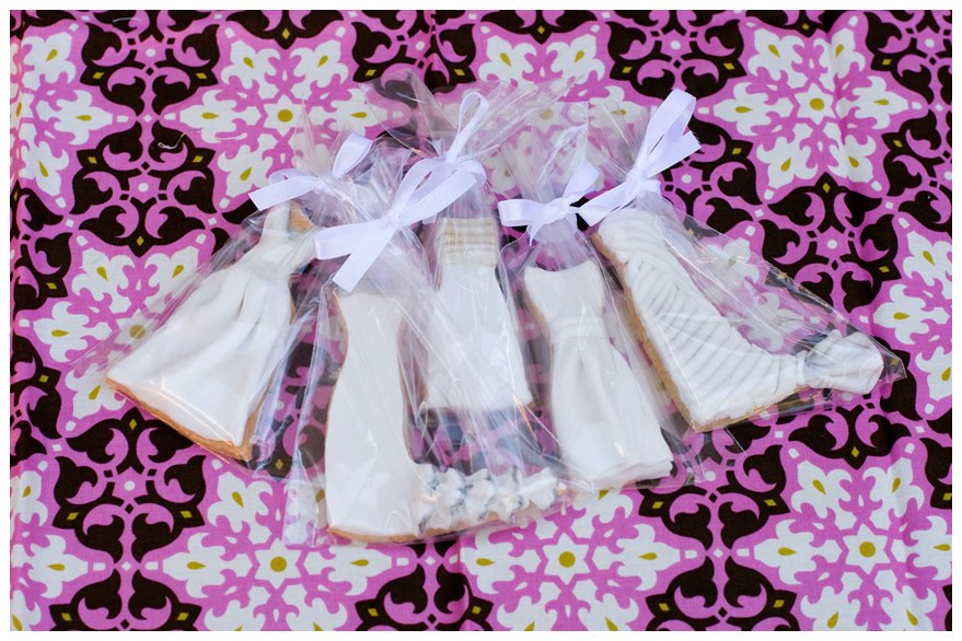 Labels wedding dress cookies favours favors bow elegant pretty cookie